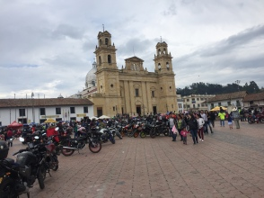 motos über motos in Chiquinquira
